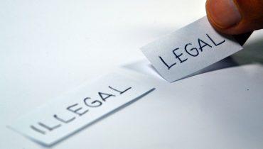 """Przestrzegamy przed mailami """"Bądźmy Legalni"""", """"Legalni z Prawem"""" i """"Kancelaria Liberty"""""""