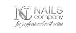 nails_bw2